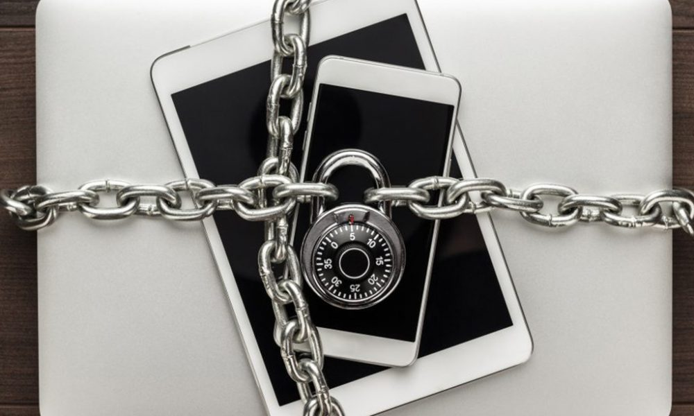 computer, Ipad and smart phone with metal chain and pad lock protection